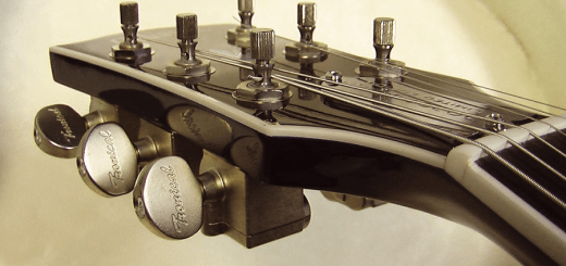 Guitar Tuning Pegs